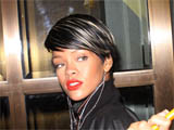 Jay-Z, Rihanna 'rack up £7,000 bar bill'