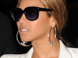 Beyoncé gig 'marred by gun battle'