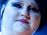 Beth Ditto 'wants to move to UK'