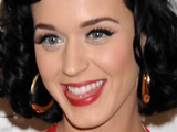 Katy Perry sparks engagement rumors