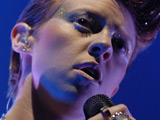 La Roux put partying on hold for work