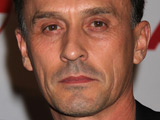 Knepper: 'Heroes character is complicated'