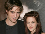 Pattinson, Stewart 'kiss at London pub'