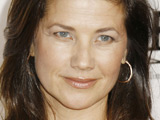 Daphne Zuniga returns to 'Melrose Place'