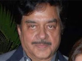 Sinha loses mustache for role