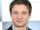 Renner plays down 'Hawkeye' link