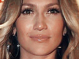 Jennifer Lopez 'still sore from AMA fall'