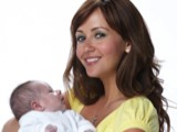 Corrie's Samia Smith gives birth