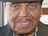 Joe Jackson wants grant from son's estate