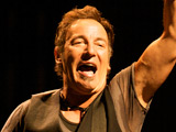 Obama honours Springsteen, De Niro