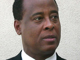 Conrad Murray pleads not guilty to charge