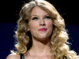 Taylor Swift's CMA performance seen by 7.8m