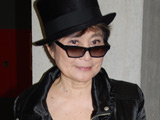 Yoko Ono 'insecure about her looks'