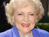 Betty White 'to receive SAG Award'
