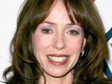 Mackenzie Phillips 'had sex with father'