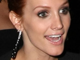 Ashlee Simpson 'planning return to music'