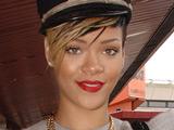 Rihanna 'debuts new song at Jay-Z gig'