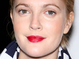 Drew Barrymore to be honoured by GLAAD
