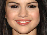 Selena Gomez: 'I love eating pickles'