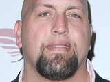 Hardin, Big Show sign for 'Knucklehead'