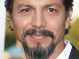'Modern Family' recruits Benjamin Bratt