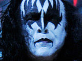 Gene Simmons: 'UK rockstars are boring'