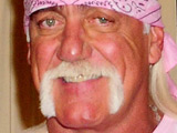 Hogan accuses ex of stealing toilet seat