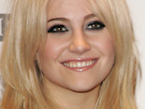 Pixie Lott: 'I don't adopt US accent'