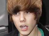 Justin Bieber 'snuck out to meet a girl'