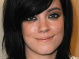 Lily Allen spotted wearing engagement ring?