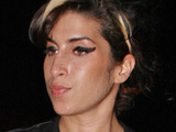 Amy Winehouse 'has shopping problem'