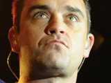 Robbie Williams to wed on Valentine's Day?