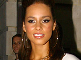 Alicia Keys album reaches UK number one