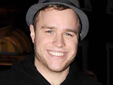 Olly Murs signs to Cowell's record label