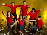 'Glee' compilation tops UK album chart