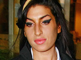 Amy Winehouse 'in new pub row'