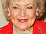 Betty White to host 'SNL' episode?