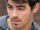 Joe Jonas cast in 'Brothers & Sisters'?