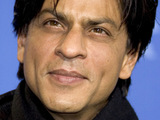 Shah Rukh Khan proposes to fan at event
