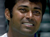 Tennis star Paes to make Bollywood debut