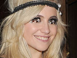 Pixie Lott: 'I'm not dating Joe Jonas'