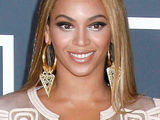 Solange: 'Beyoncé is a great babysitter'