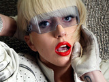 Lady GaGa 'fined £10k for over-running'