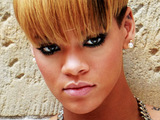 Rihanna: 'I relax with Family Guy'