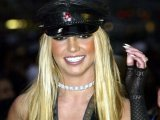 Britney wants to pose nude for 'Playboy'