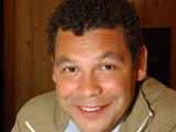 Craig Charles to sign new Corrie deal